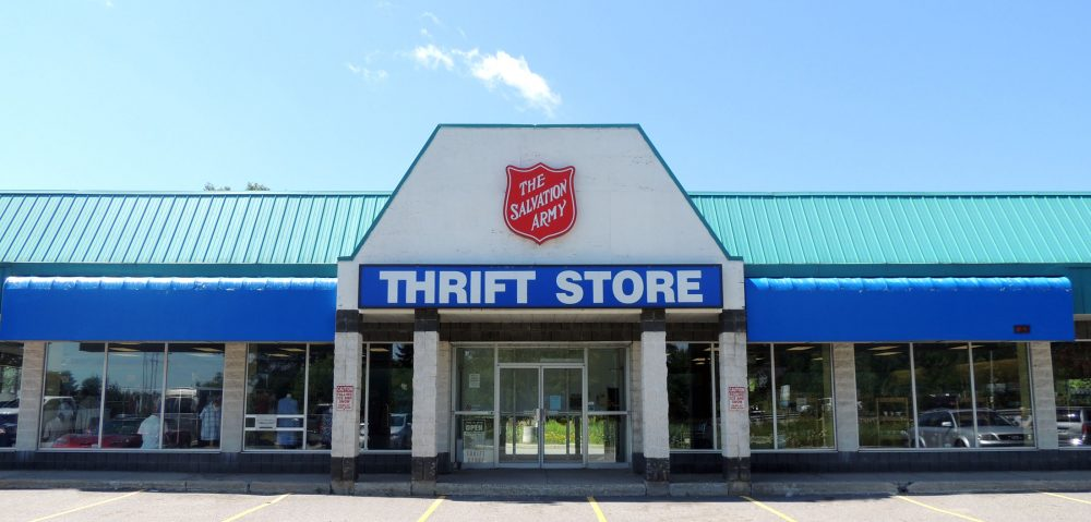 The salvation army thrift store exterior